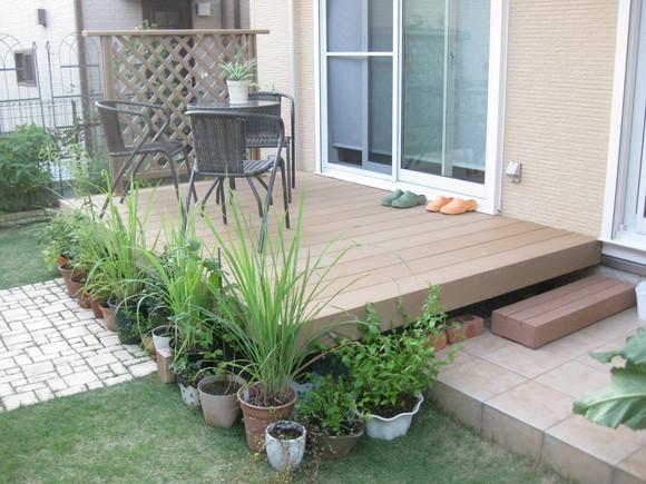 デッキのあるお庭~ビフォー・アフター~_e0128446_1053019.jpg