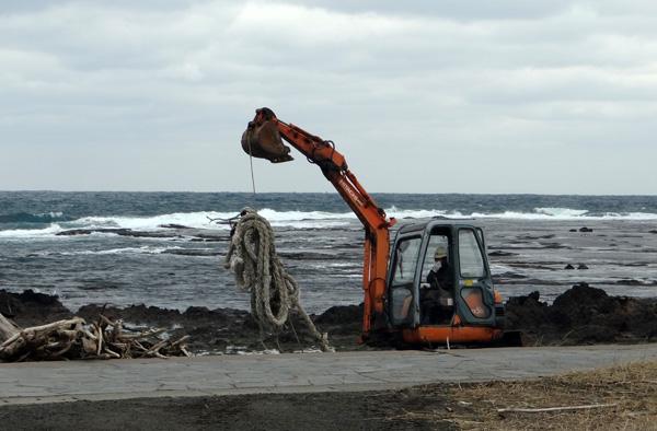 初冬の西海岸ドライブ 風合瀬の海岸清掃のことなど_a0136293_18501428.jpg