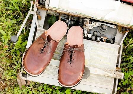 革の手縫いスリッパづくりのご案内(靴logiさん)_d0263815_16242398.jpg