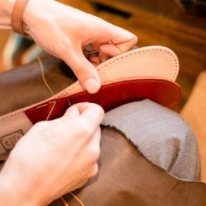 革の手縫いスリッパづくりのご案内(靴logiさん)_d0263815_17123675.jpg