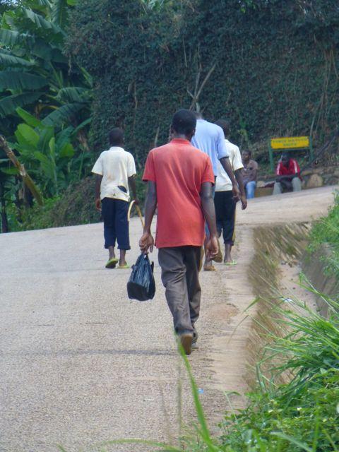 ウガンダ旅行記ー人・ストリート_f0096017_1823489.jpg