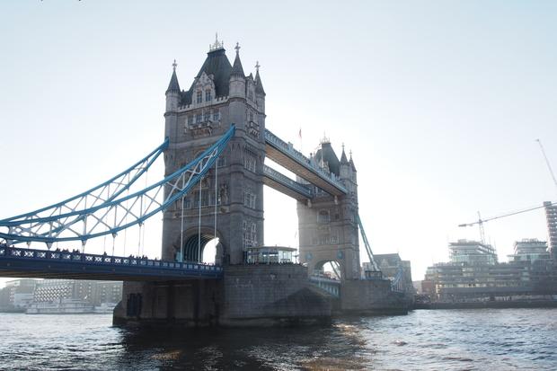 ロンドン塔とタワーブリッジ_d0193569_1058163.jpg