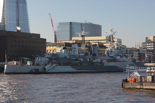 ロンドン塔とタワーブリッジ_d0193569_11161790.jpg