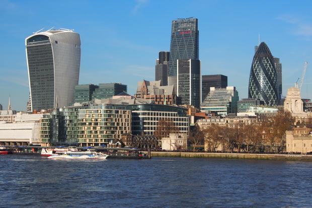 ロンドン塔とタワーブリッジ_d0193569_11223347.jpg