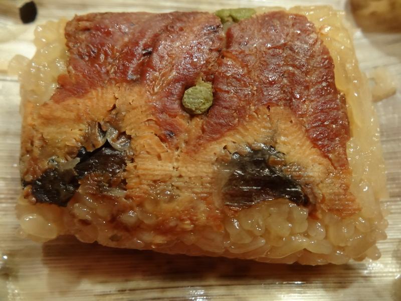 焼売、サーモンのカルパッチョ、ハムステーキ、鰻の飯蒸しです。_c0225997_11562276.jpg