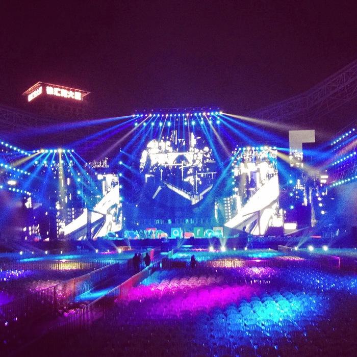 Rain 本日上海にてSmart China 5th Anniversary コンサート_c0047605_1542736.jpg