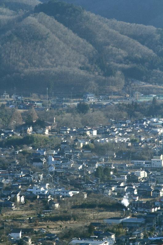 冬の長瀞駅を発車する汽車の白煙 - 秩父鉄道 -  _b0190710_2323451.jpg