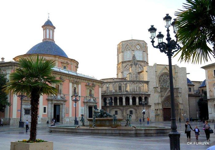 スペイン旅行記 18 バレンシア旧市街_a0092659_18144439.jpg
