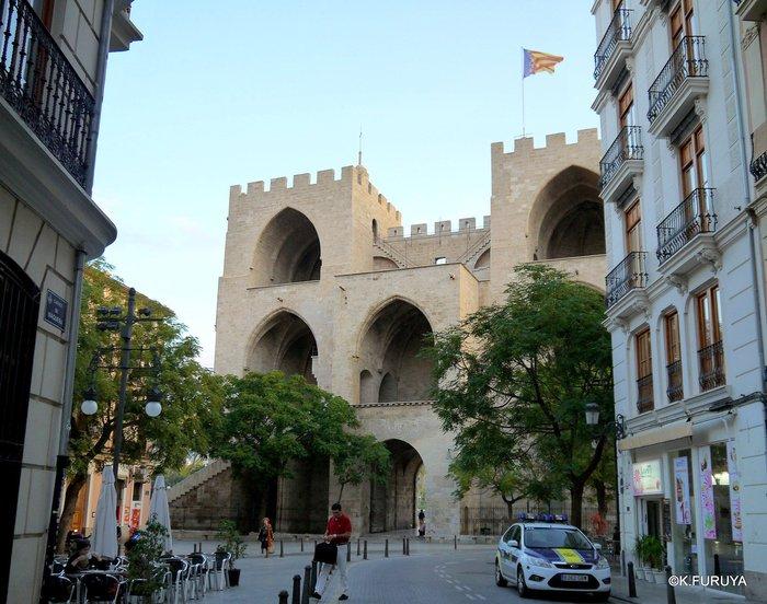 スペイン旅行記 18 バレンシア旧市街_a0092659_18524434.jpg