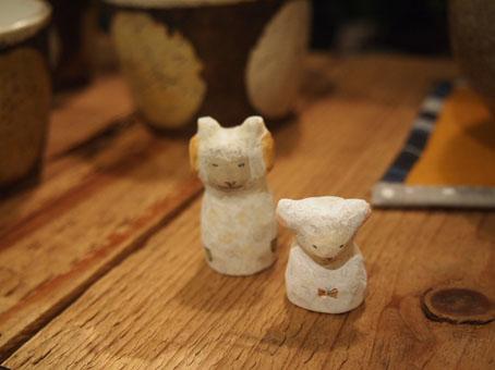 吉田コマキさんの小さな木彫りサンタほか_b0322280_2329152.jpg