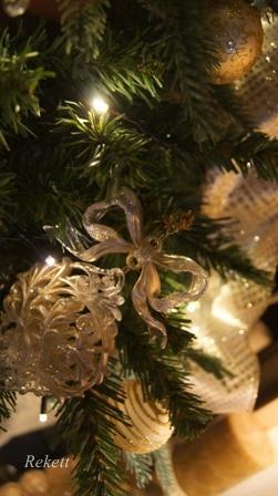 REKETTオリジナルクリスマスツリー_f0029571_12211521.jpg