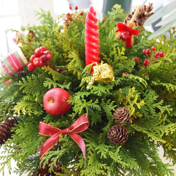クリスマスのアレンジメントとマカロンキャンドル_a0292194_193936.jpg