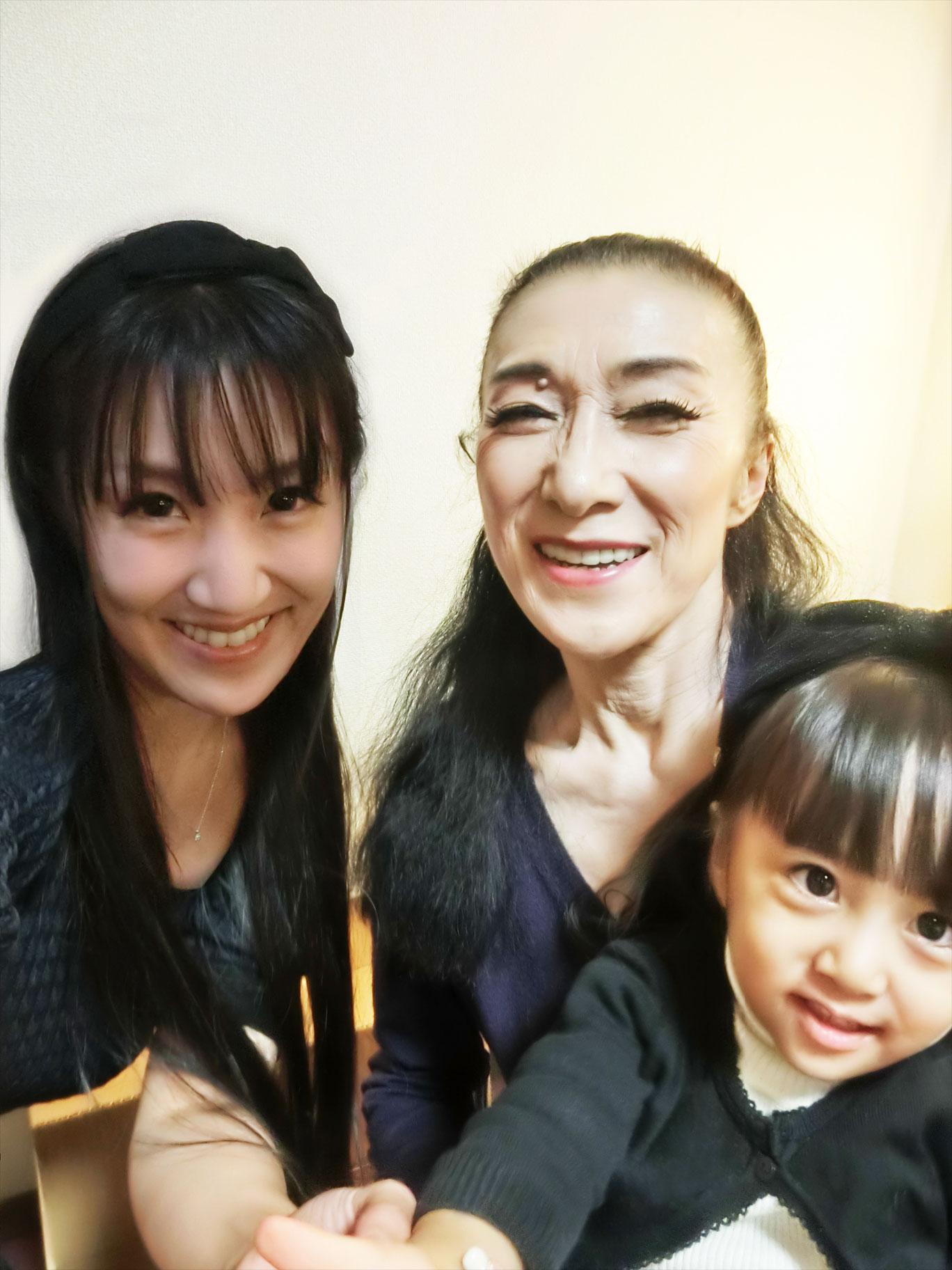 青劇ファイナル公演! 名倉先生の愛と祈り。_d0224894_3261338.jpg