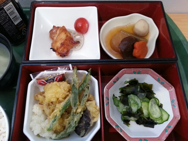 今日の昼食@会社Vol.648_b0042308_12441797.jpg