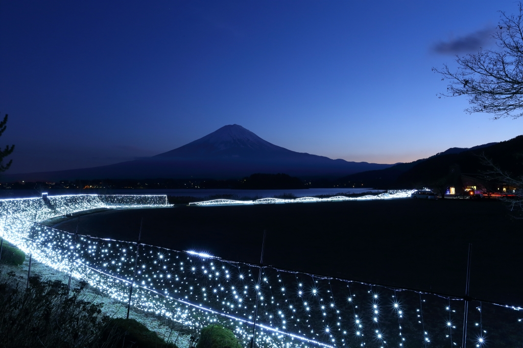 青色LEDで富士山ドレスアップ_e0069488_12125659.jpg