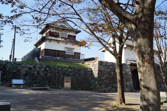 軍師黒田官兵衛・黒田長政が残した福岡城を訪ねて・・・・秋の博多の旅 秋の黒田城_d0181492_14171450.jpg
