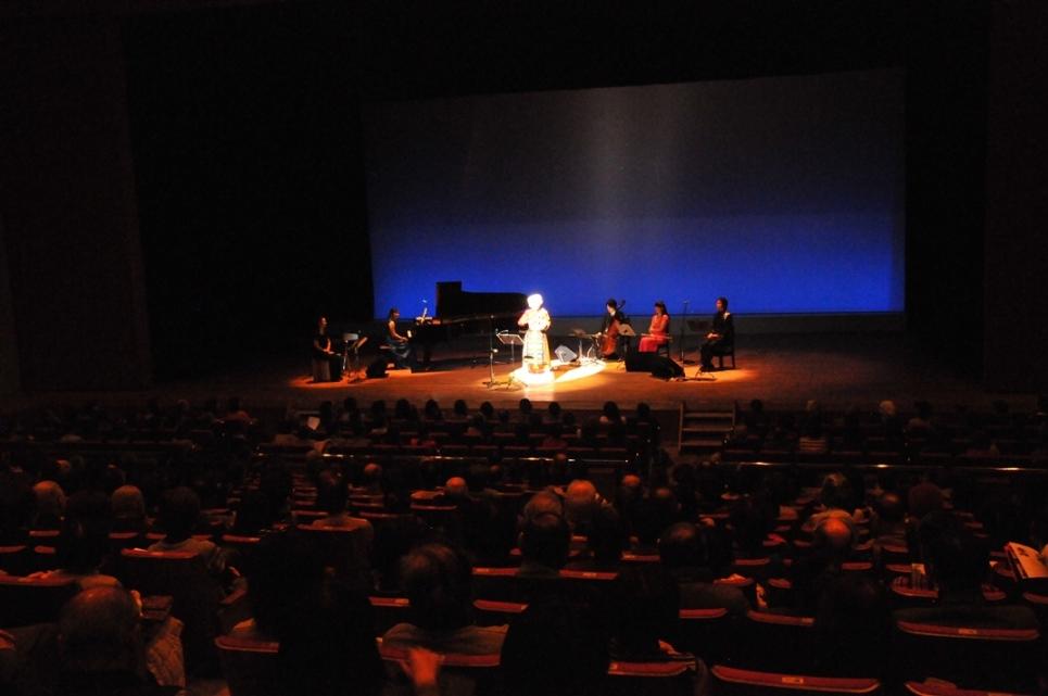 来日20周年記念コンサートin大阪 (1)_c0162404_3471016.jpg
