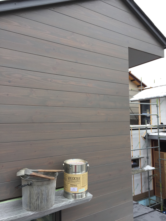 外壁唐松板の塗装_d0332870_22195320.jpg
