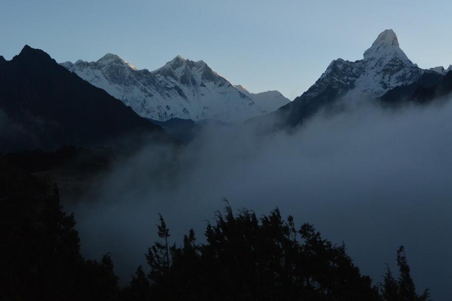 """2014年10月 『エヴェレスト・三峠越えトレッキング』 October 2014 \""""Three Pass Crossing in Everest\"""" _c0219616_1911040.jpg"""
