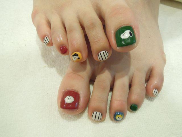 Snoopy Foot Nail_a0239065_11404138.jpg
