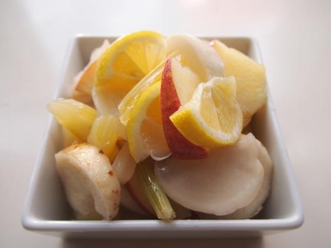 白い野菜のレモン漬け_e0148373_14414465.jpg