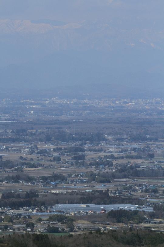いちご団地の向こうに雪山が見えた日 - 真岡鉄道 -  _b0190710_23465123.jpg