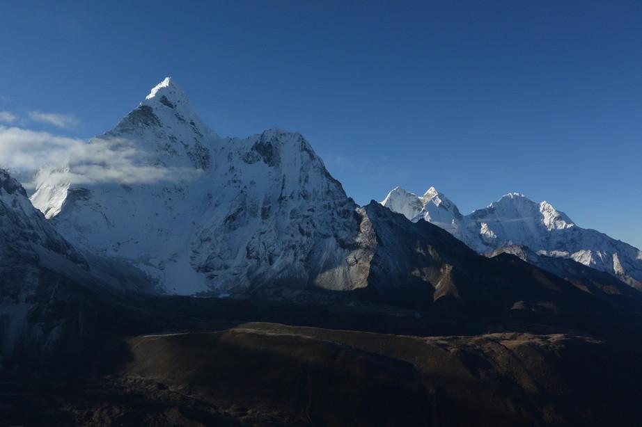 """2014年10月 『エヴェレスト・三峠越えトレッキング』 October 2014 \""""Three Pass Crossing in Everest\"""" _c0219616_20542412.jpg"""