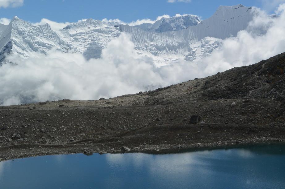 """2014年10月 『エヴェレスト・三峠越えトレッキング』 October 2014 \""""Three Pass Crossing in Everest\"""" _c0219616_2058742.jpg"""
