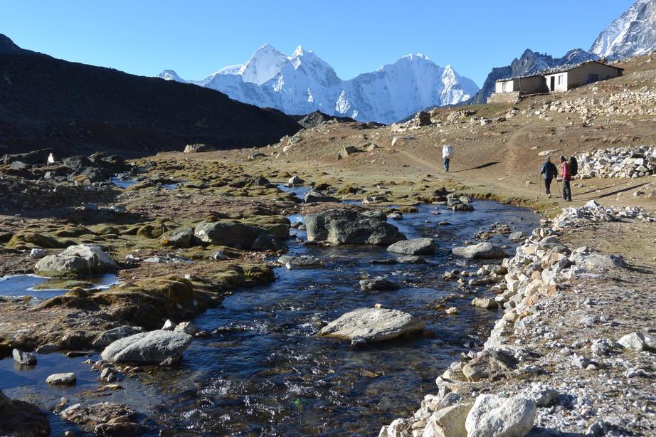 """2014年10月 『エヴェレスト・三峠越えトレッキング』 October 2014 \""""Three Pass Crossing in Everest\"""" _c0219616_21241481.jpg"""