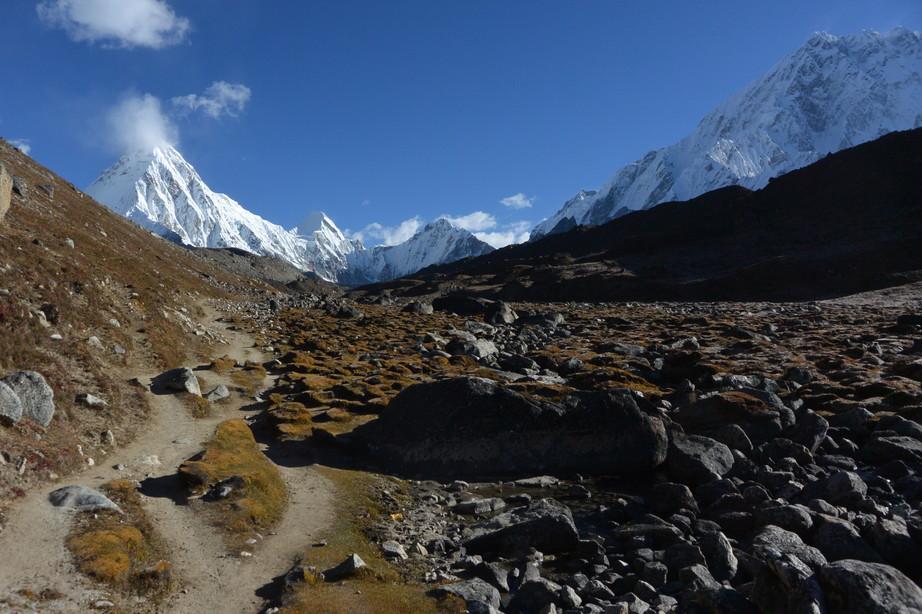 """2014年10月 『エヴェレスト・三峠越えトレッキング』 October 2014 \""""Three Pass Crossing in Everest\"""" _c0219616_2126250.jpg"""