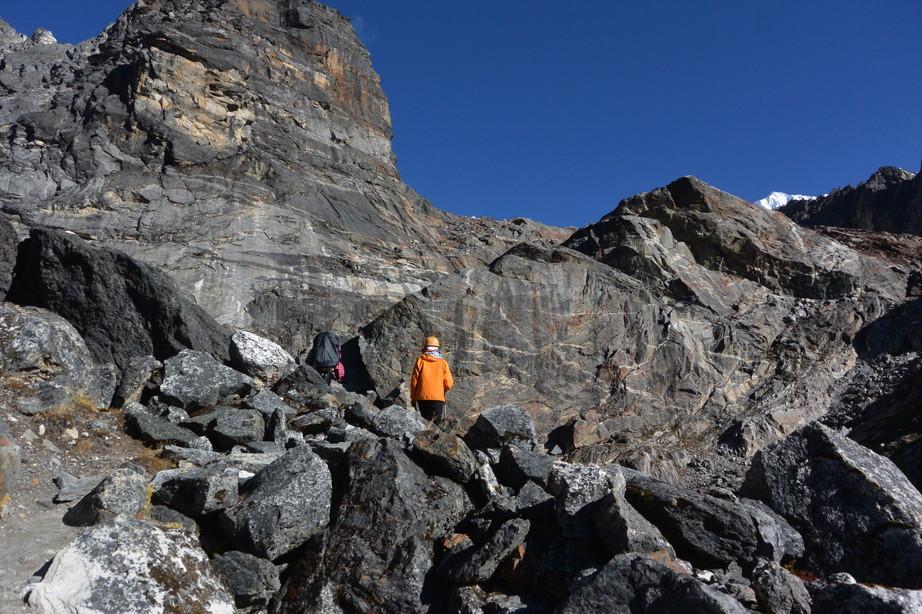 """2014年10月 『エヴェレスト・三峠越えトレッキング』 October 2014 \""""Three Pass Crossing in Everest\"""" _c0219616_21421513.jpg"""