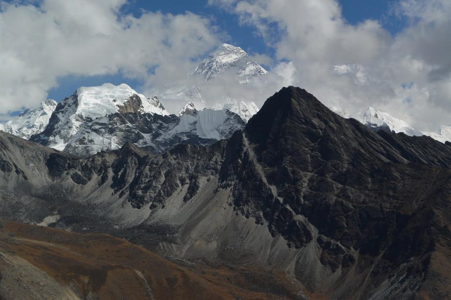 """2014年10月 『エヴェレスト・三峠越えトレッキング』 October 2014 \""""Three Pass Crossing in Everest\"""" _c0219616_224452.jpg"""