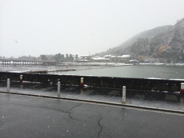 雪化粧の嵐山_a0197730_20520520.jpg