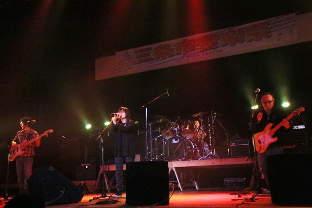 第10回三条市音楽祭ロック・ポピュラーの部_a0267861_1625050.jpg
