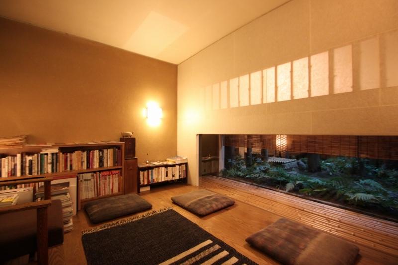 京都-俵屋旅館-ロビー・図書館_a0327716_15060056.jpg