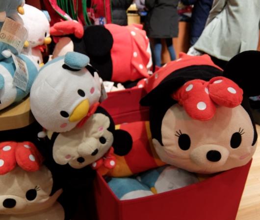 クリスマス前のNYのディズニー・ストアに行ってみました_b0007805_974668.jpg