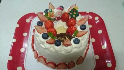 今年初のクリスマスケーキ_a0113430_6141755.jpg
