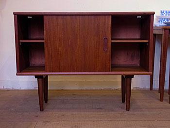 sideboard_c0139773_18322650.jpg