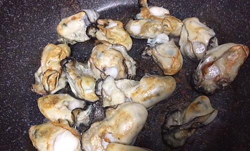 牡蠣のオリーブ・オイル漬け_d0248537_10135959.jpg