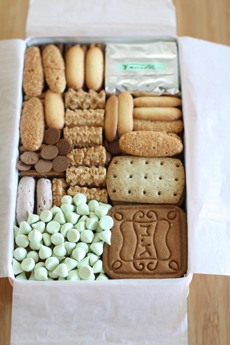 すてきなクッキーが整然と詰まっていておいしそう!