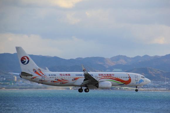 今年 最後の関空 KIXレポート 中国特別塗装_d0202264_1002051.jpg