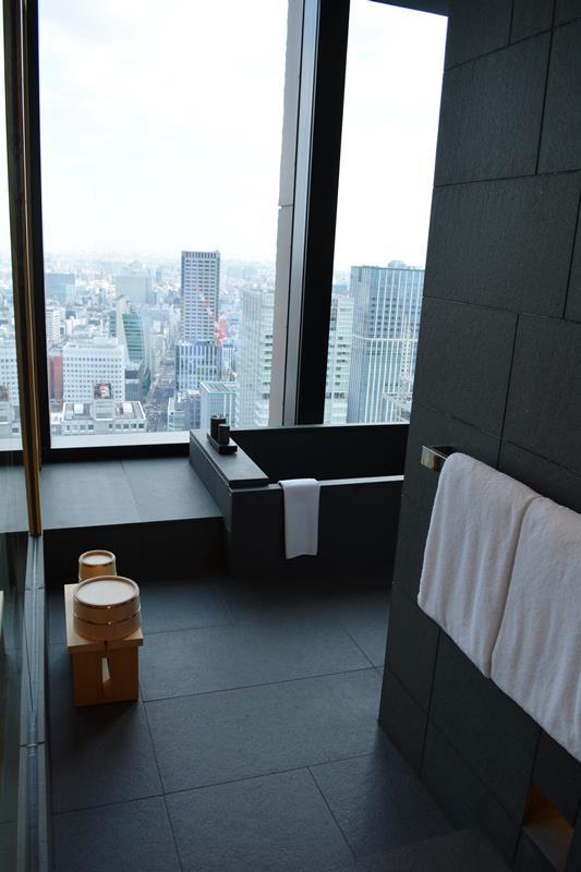 本日2014年12月22日、大手町にソフトオープン、アマン東京_b0053082_21161484.jpg