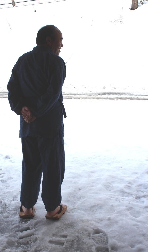 雪でも下駄のお客様_f0227395_1733677.jpg
