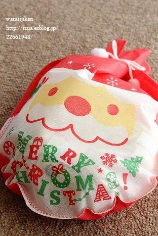 娘へのクリスマスプレゼントの用意_e0214646_0231566.jpg