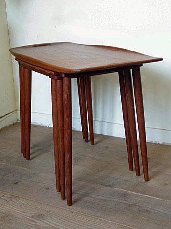 nesting table(Jens H.Quistgaard)_c0139773_16512468.jpg
