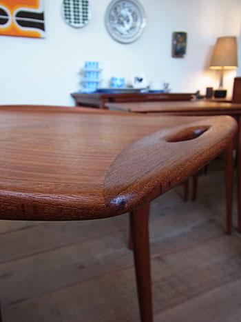 nesting table(Jens H.Quistgaard)_c0139773_16522918.jpg