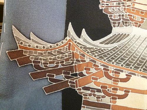 """黒留袖 """"古都の塔""""    <東京染めの着物>_d0159384_11401735.jpg"""