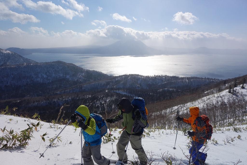 イチャンコッペ山と幌平山、12月21日-メンバー紹介編-_f0138096_1423772.jpg