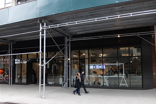10年目、空中公園ハイラインの横でオープン Wired Store 2014 #WIREDSTORE_b0007805_23243466.jpg