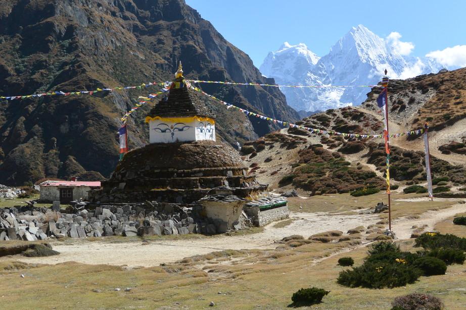"""2014年10月 『エヴェレスト・三峠越えトレッキング』 October 2014 \""""Three Pass Crossing in Everest\"""" _c0219616_21345593.jpg"""